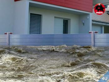 Prefa :: Mobiler-  Lanschafts  Hochwasserschutz